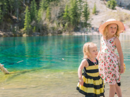 Photo of two children at Grassi Lakes